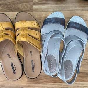 Lot # 155 Women's Ecco & Clark's Sandals Sz 9