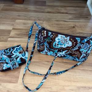 Lot # 163 Beautiful Original Vera Bradley Purse & Wallet