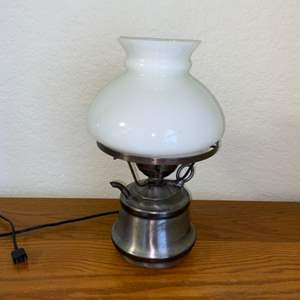 Lot # 193 Stunning Vintage Electric Table Lamp in Great Condition