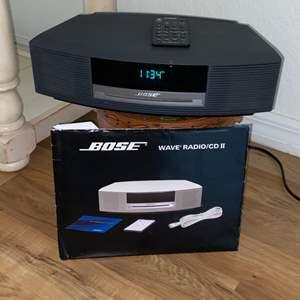 Lot # 198 Bose Wave Radio/CD II