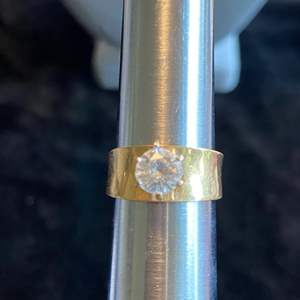 Lot # 209 Beautiful 14K Gold Ring TW 5.1 Sz 6 Stamped