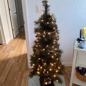 Lot # 234 Pretty 4' Christmas Tree w/ Lights