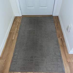 Lot # 235 Nice Gray Area Rug 3' X 5' in Nice Condition