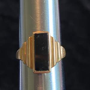 Lot # 265 Nice 10K Gold Ring TW 3.8g Sz 6.75
