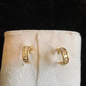 Lot # 277 Beautiful 14K Gold Earrings TW 2.3g Marked