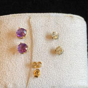 Lot # 279 Beautiful 14K Gold Amethyst & Topaz Stud Earrings TW 1.8g (2 pair only 2 backs)