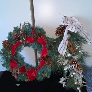 Lot # 284 Christmas Wreaths