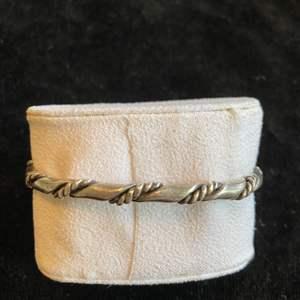 Lot # 287 Beautiful Sterling Silver Bracelet TW 30.7g