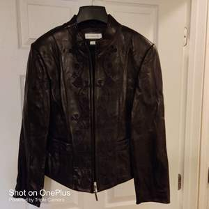 184 Preston and York lamb soft leather size large embroidery black jacket