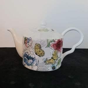 Lot # 48 Pretty Coventry HARPER Teapot in Nice Condition