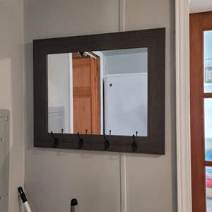 Lot # 187 Rustic Mirror w/ Key Holder