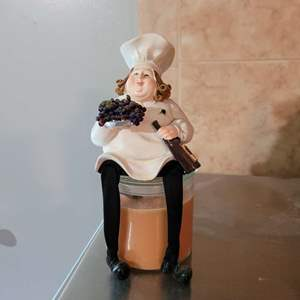 Lot # 196 Chef Shelf Sitter & Candle