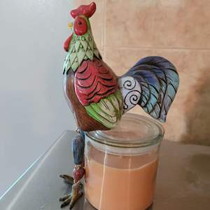 Lot # 197 Rooster Shelf Sitter & Candle