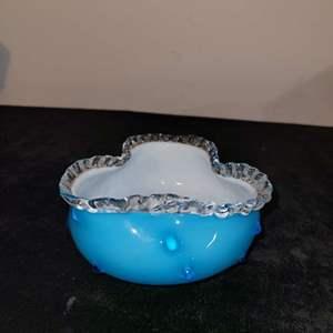 Lot # 209 Beautiful Blown Glass Candy Dish