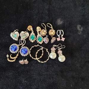 Lot # 253 (10) Pairs of Earrings