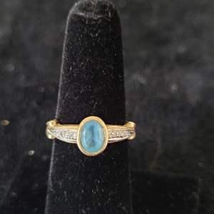 Lot # 259 10k Gold Ring - TW 3.35g