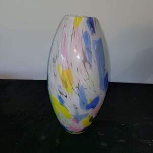 Lot # 267 Gorgeous Blown Glass Vase