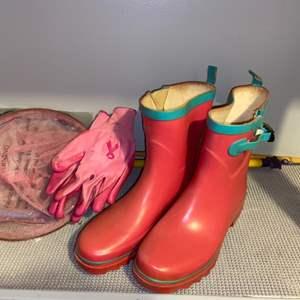 Lot # 318 Gardening Boots, Butterfly Nets & Gloves