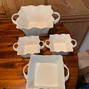 Lot # 325 Nice Assortment of Mulino Serving Dishes