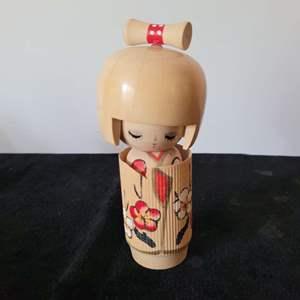 Lot # 331 Handmade Oriental Lady Figurine