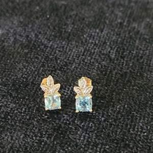 Lot # 368 10k Gold Earrings-T.W 1.5g