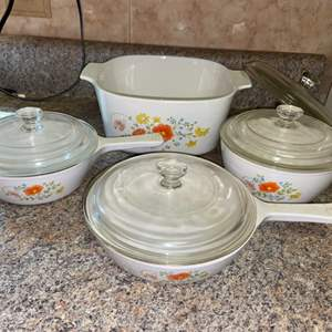 Lot # 423 Vintage Corning Ware Wildflower Dishes w/ Lids - Nice!