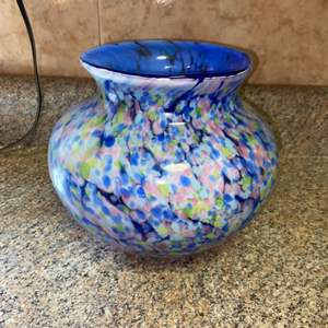 Lot # 426 Beautiful Glass Vase