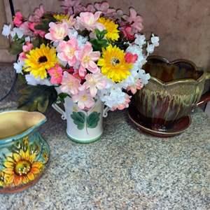 Lot # 454 Flower Pots