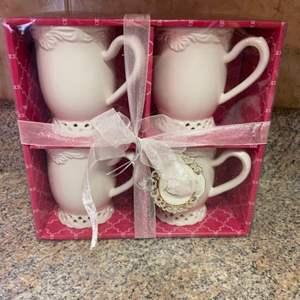 Lot # 456 KF Tea Cup Gift Set