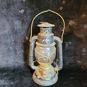 Lot # 506 Vintage Dietz Oil Lamp