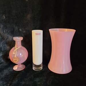 Lot # 555 (3) Glass Vases