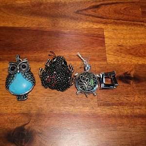 Lot # 567 (4) Necklace Pendants