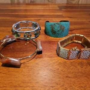 Lot # 568 (4) Fashion Bracelets