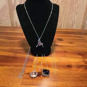 Lot # 569 (5) Fashion Necklaces