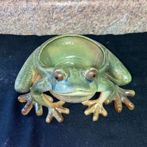 Lot # 594 Cute Frog Planter
