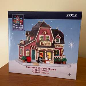 Lot # 629 Carole Towne Luannes Coffee House Lighted Christmas House