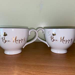 """Lot # 636 """"Be Happy"""" Coffee Cups"""