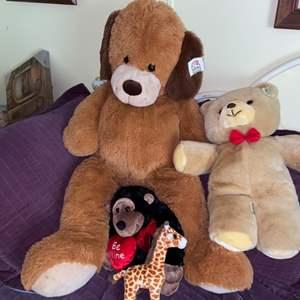 Lot # 677 Stuffed Animals