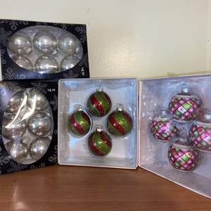Lot # 713 New in Box Christmas Ornaments