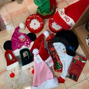 Lot # 723 Christmas Hats & Boxes