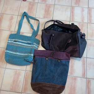 Lot # 744 Women's Tote Bags