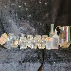 Lot # 789 Assorted Small Bottles