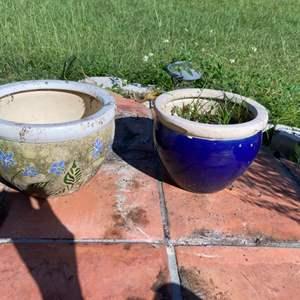 Lot # 808 (2) Flower Pots - One has Damage