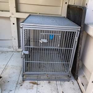 Lot # 818 Animal Cage