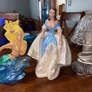 Lot # 896 Figurines & Lamp