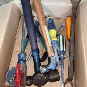 Lot # 906 Misc Tools