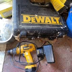 Lot # 909 Dewalt Drill