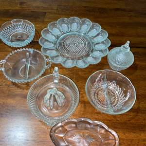 Lot # 938 Vintage Glassware