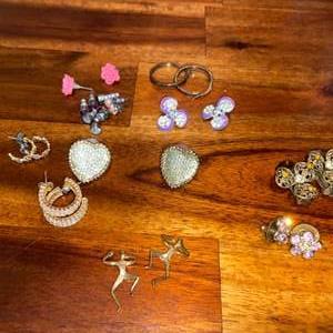 Lot # 950 (14) Pairs of Earrings