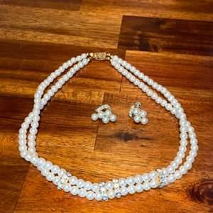 Lot # 1011 Beautiful Faux Pearl Necklace & Earrings